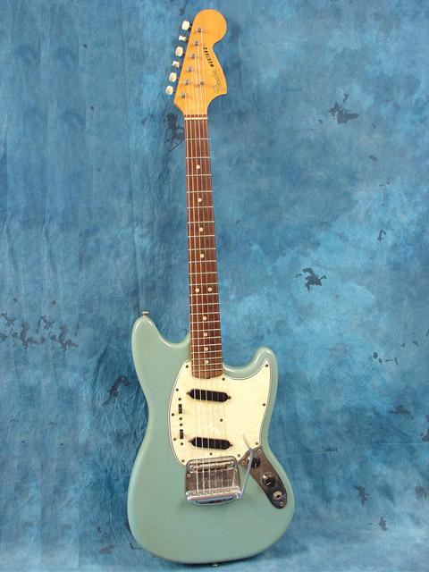 67_fender_mustang_guitar